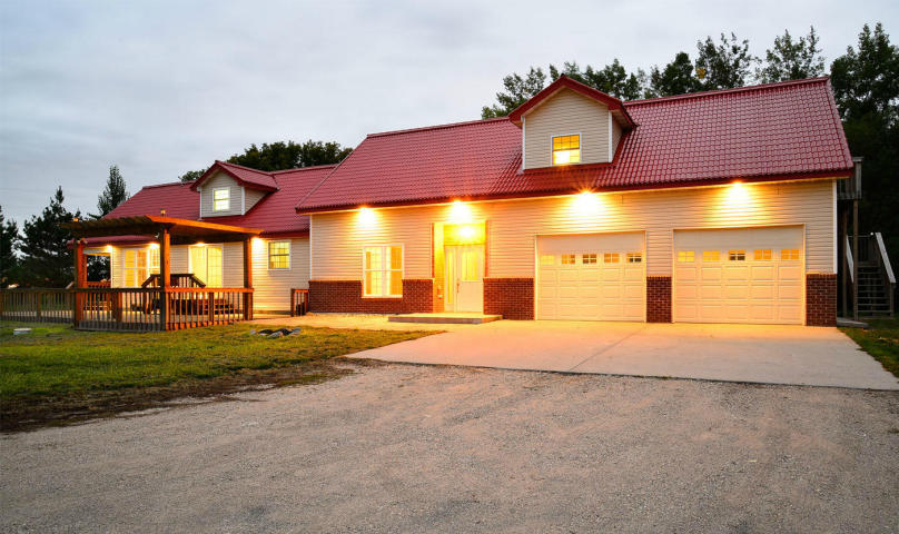 3924 9th Ave NE, Northwood, North Dakota 58267