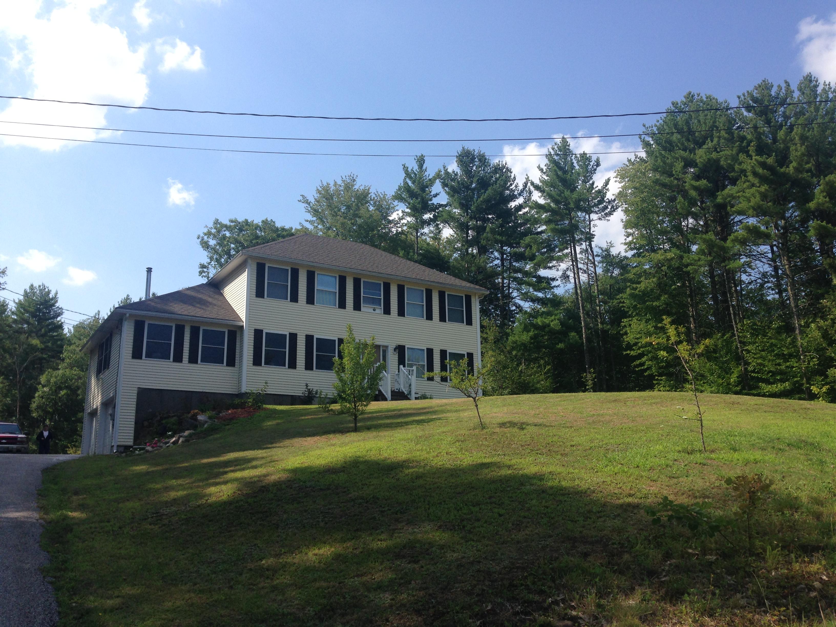 77 Raymond Rd., Deerfield, New Hampshire 03037