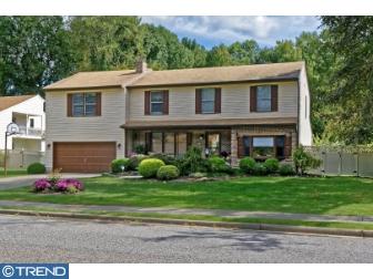 10 Bogart Drive, Pennsville, New Jersey 08070