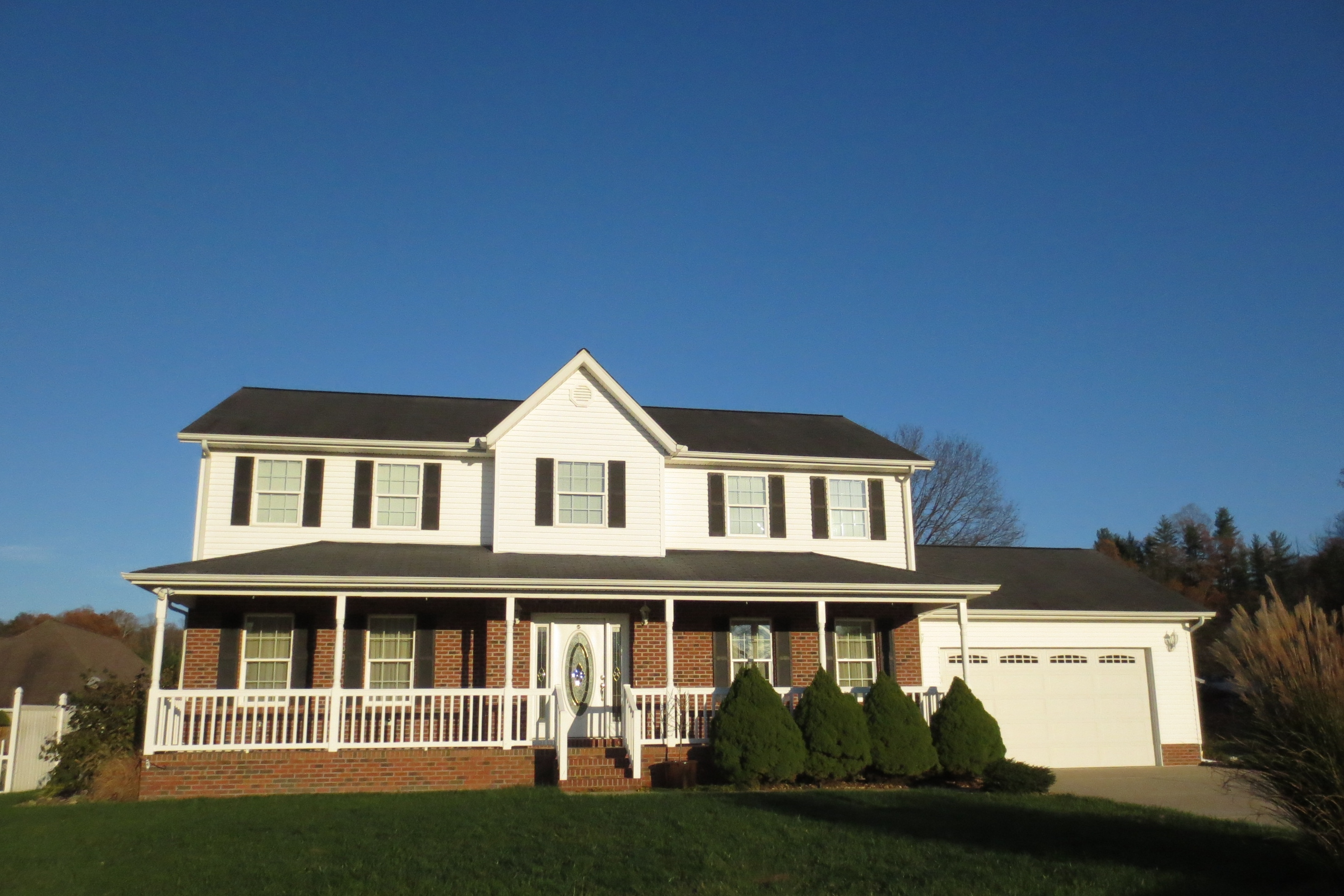 203 Alydar Court, Milton, West Virginia 25541