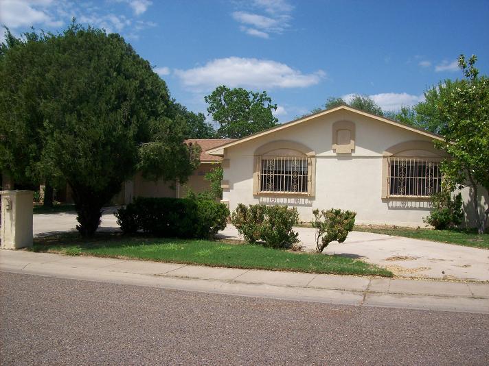 108 Delaware St, Laredo, Texas 78041