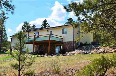 12577 Mountain Drive, Hot Springs, South Dakota 57747