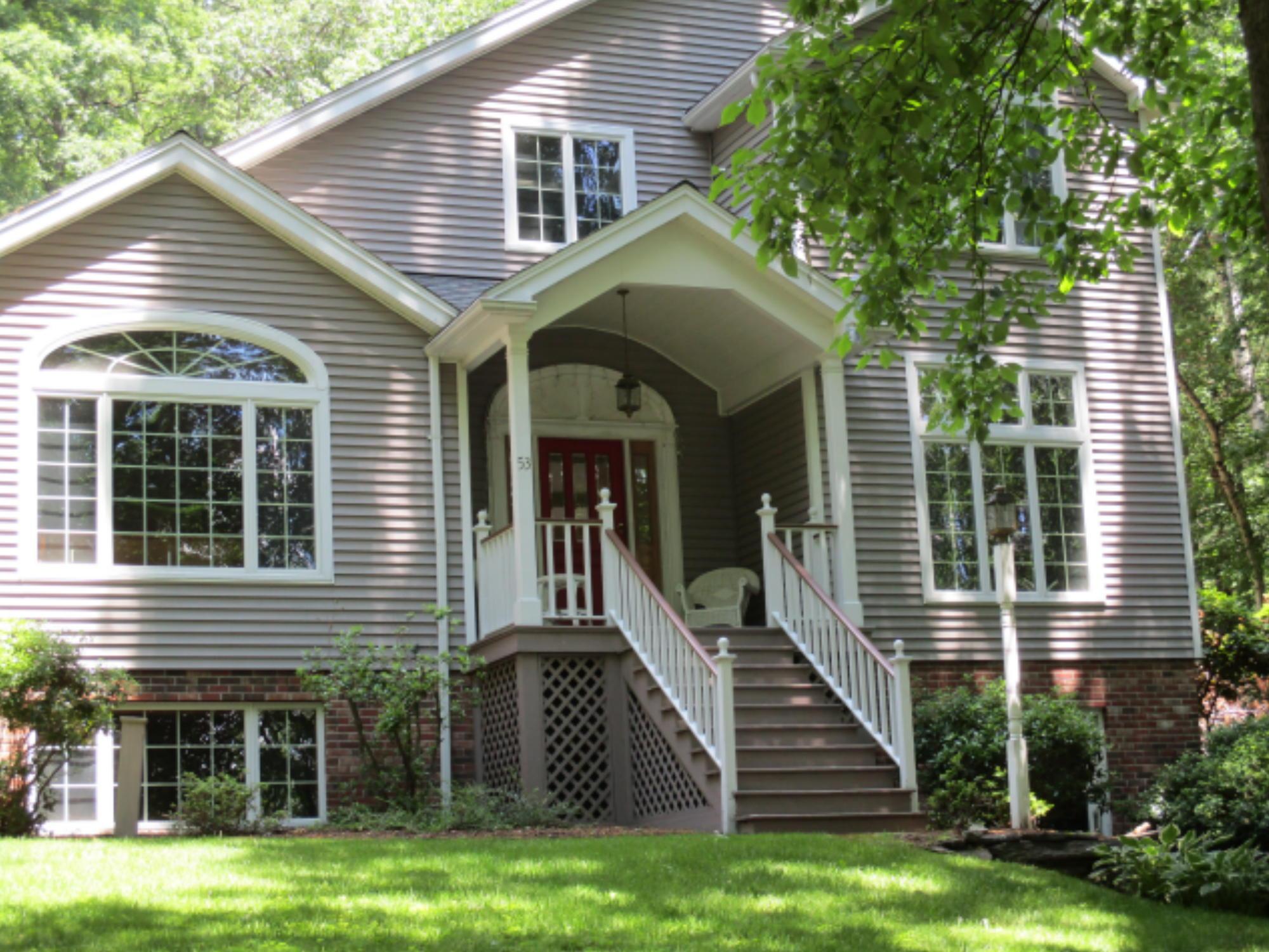 53 Maple Ridge Road, Florence, Massachusetts 01062