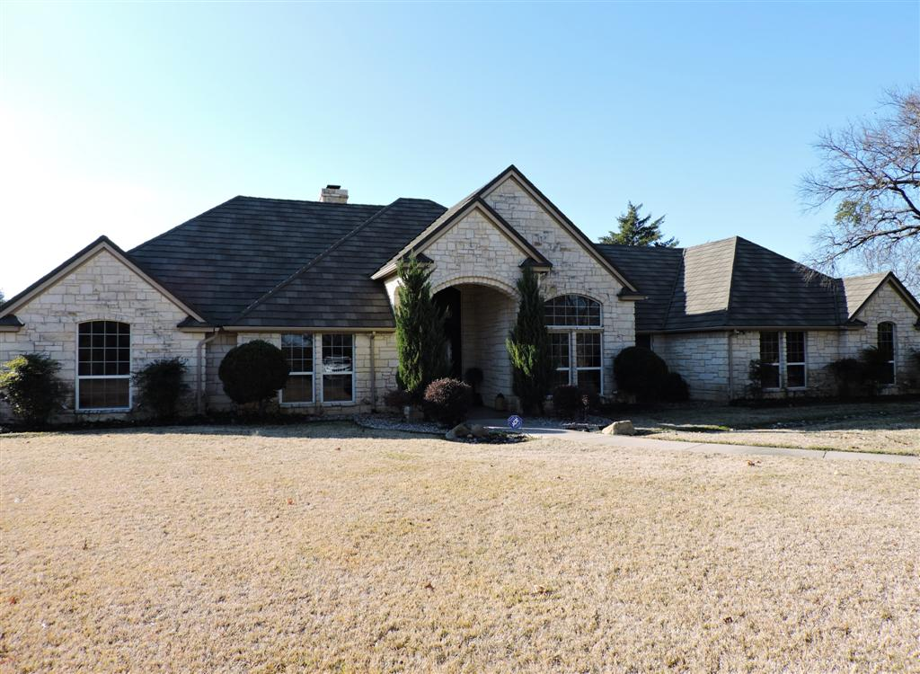 115 Crescent Cove, Bridgeport, Texas 76426