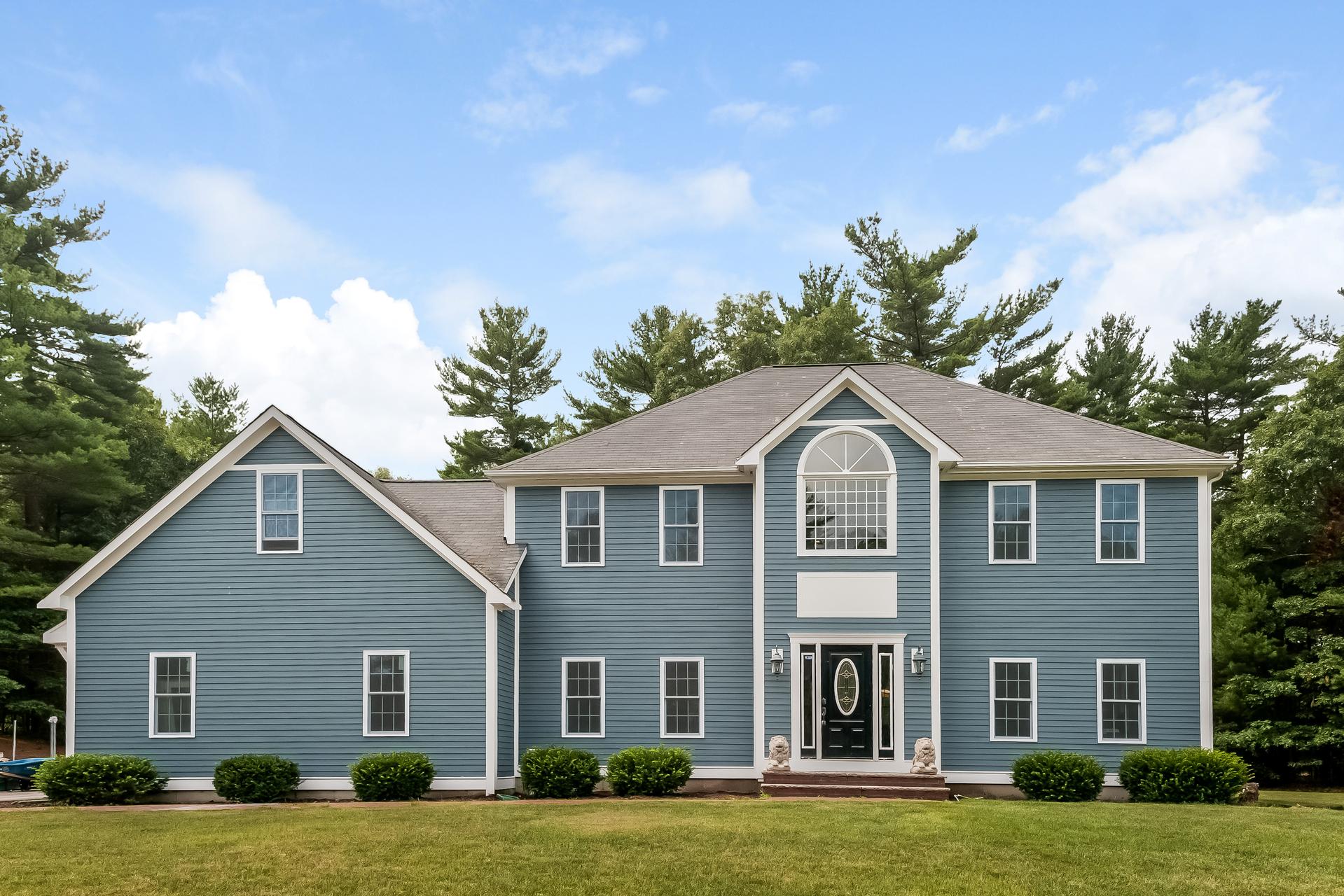 85 High Pines Drive, Kingston, Massachusetts 02364