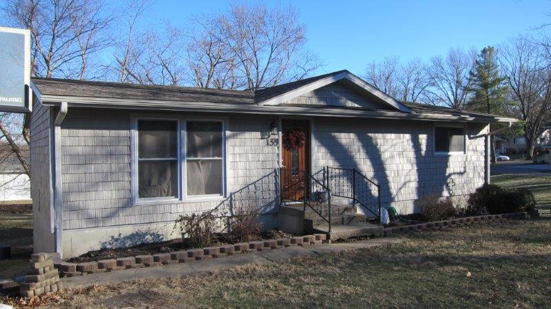 155 Short Dr., Brookfield, Missouri 64628