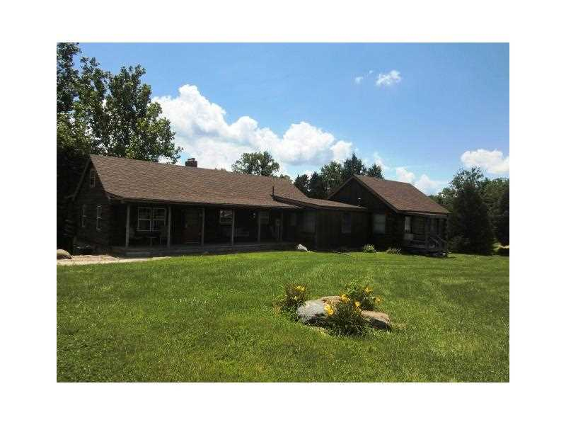 2088 W Indian Creek Rd, Trafalgar, Indiana 46181