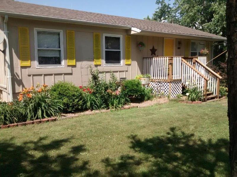 821 E Ash, Marceline, Missouri 64658