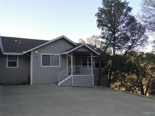 16986 Spruce Grove Rd, Hidden Valley Lake, CA 95467