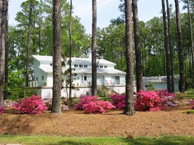 7403 Brigantine Blvd., Oriental, North Carolina 28571