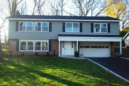 130 Hillside Rd, Farmingdale, New York 11735