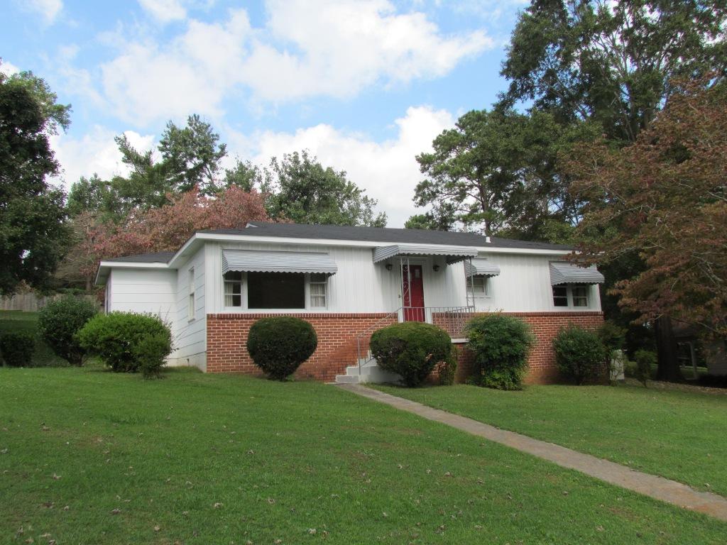 204 Ruby Street, Bridgeport, Alabama 35740