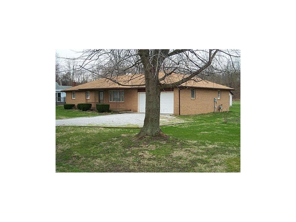 6571 W OLD NATIONAL RD, Knightstown, IN 46148