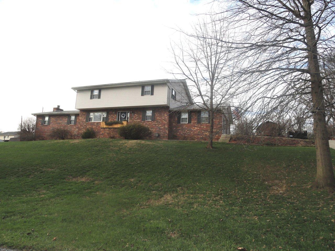 4035 Willow Drive, Ashland, Kentucky 41102