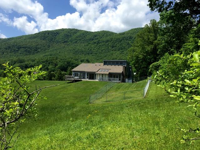 2738 Hillcrest Farms Road, Big Stone Gap, Virginia 24219