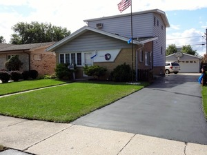 10604 OAK AVENUE, Chicago Ridge, Illinois 60415
