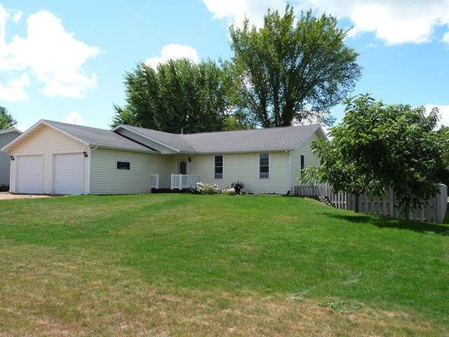301 Bluebird Lane, Loyal, Wisconsin 54446