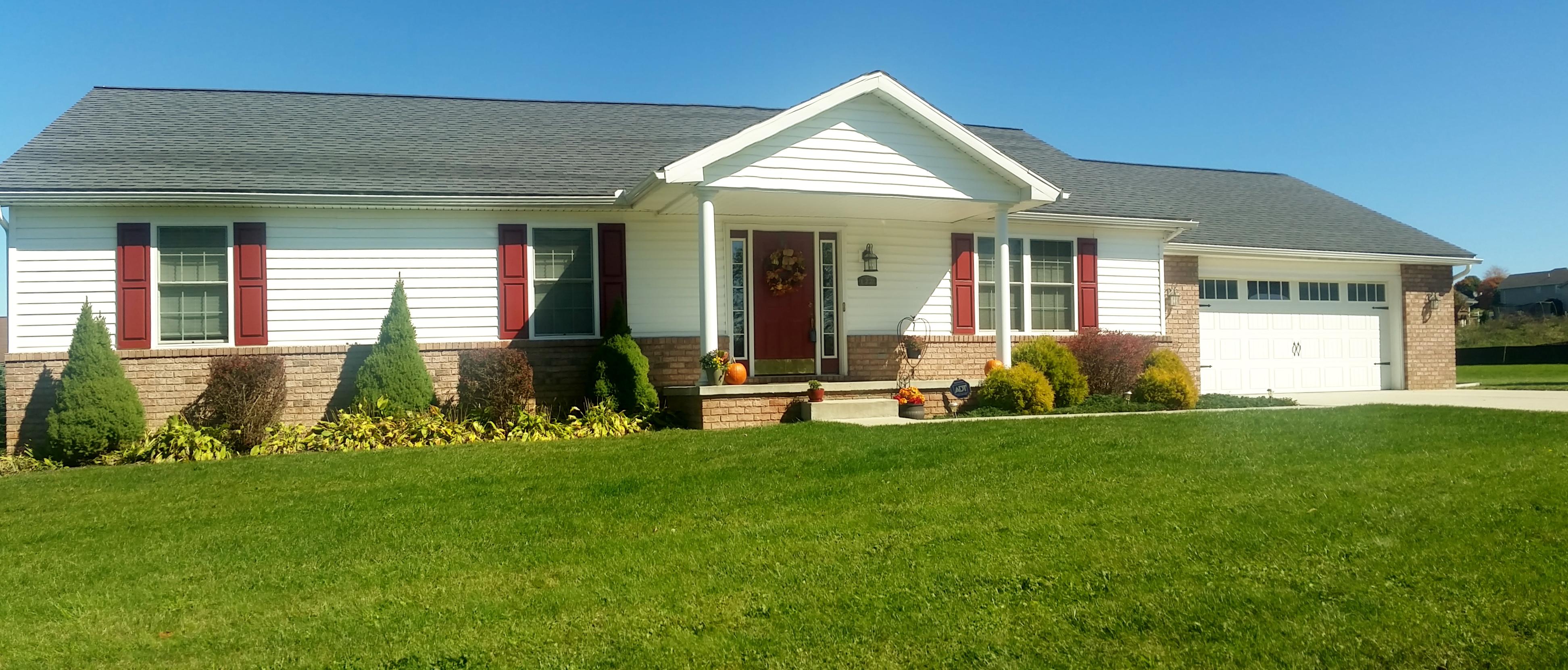 122 Horseshoe Dr. W, Bruceton Mills, West Virginia 26525