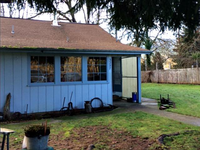 3297 North Myrtle Rd, Myrtle Creek, Oregon 97457