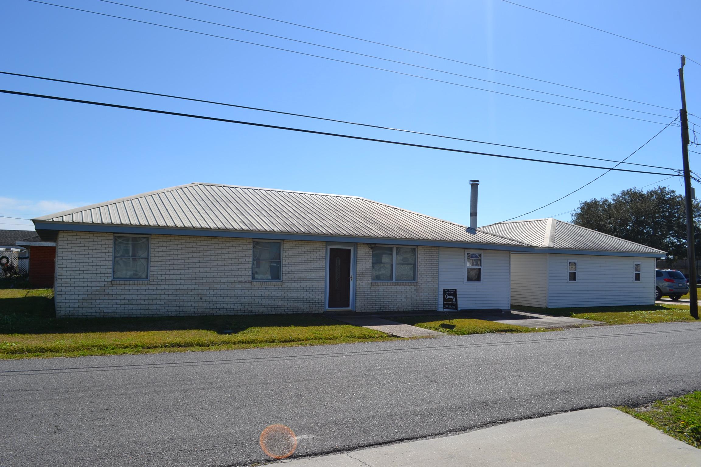 212 Myrtle Drive, Lockport, Louisiana 70374