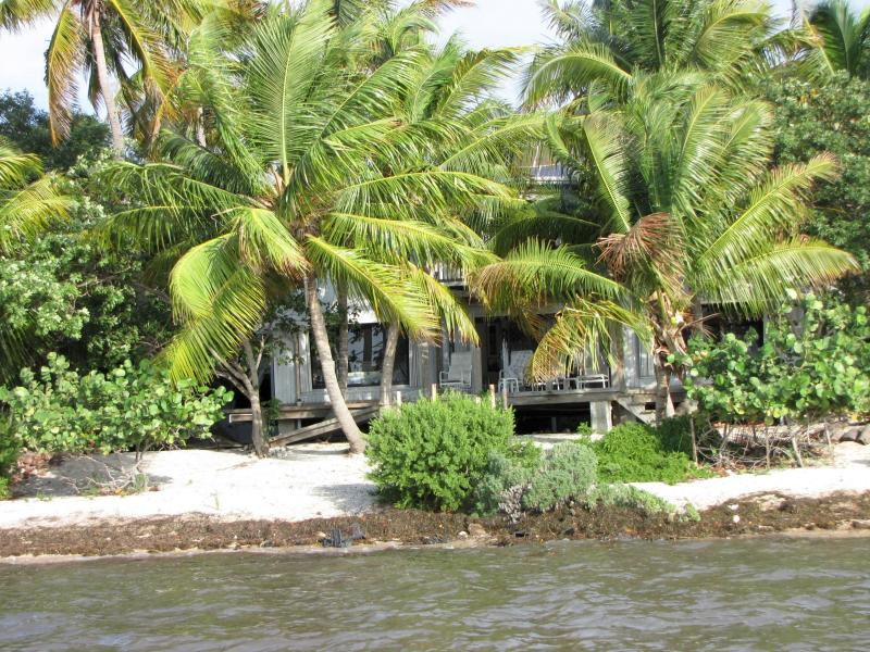 7W Cooks Island, Big Pine Key, Florida 33043