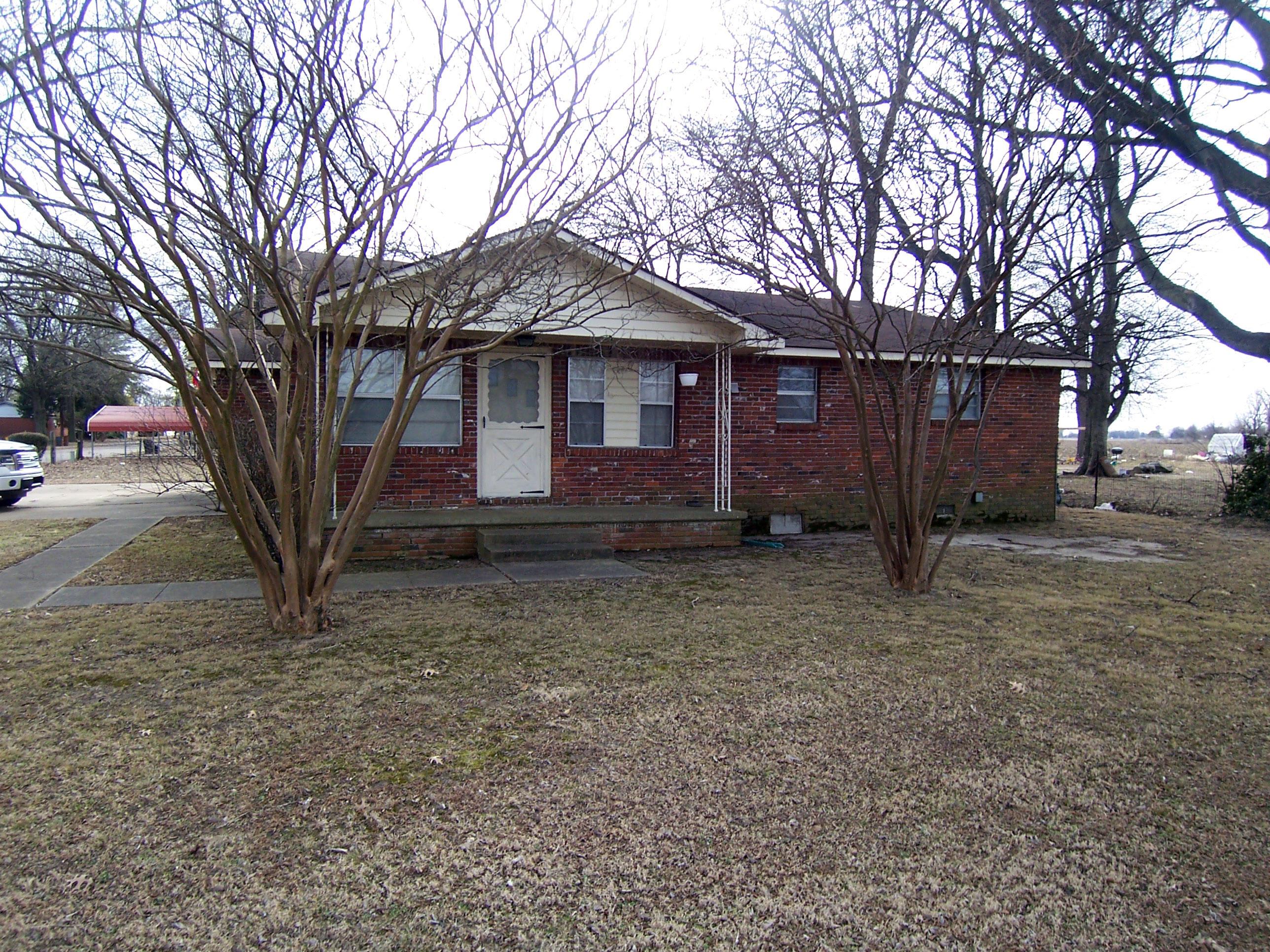 704 West Calhoun, Luxora, Arkansas 72358