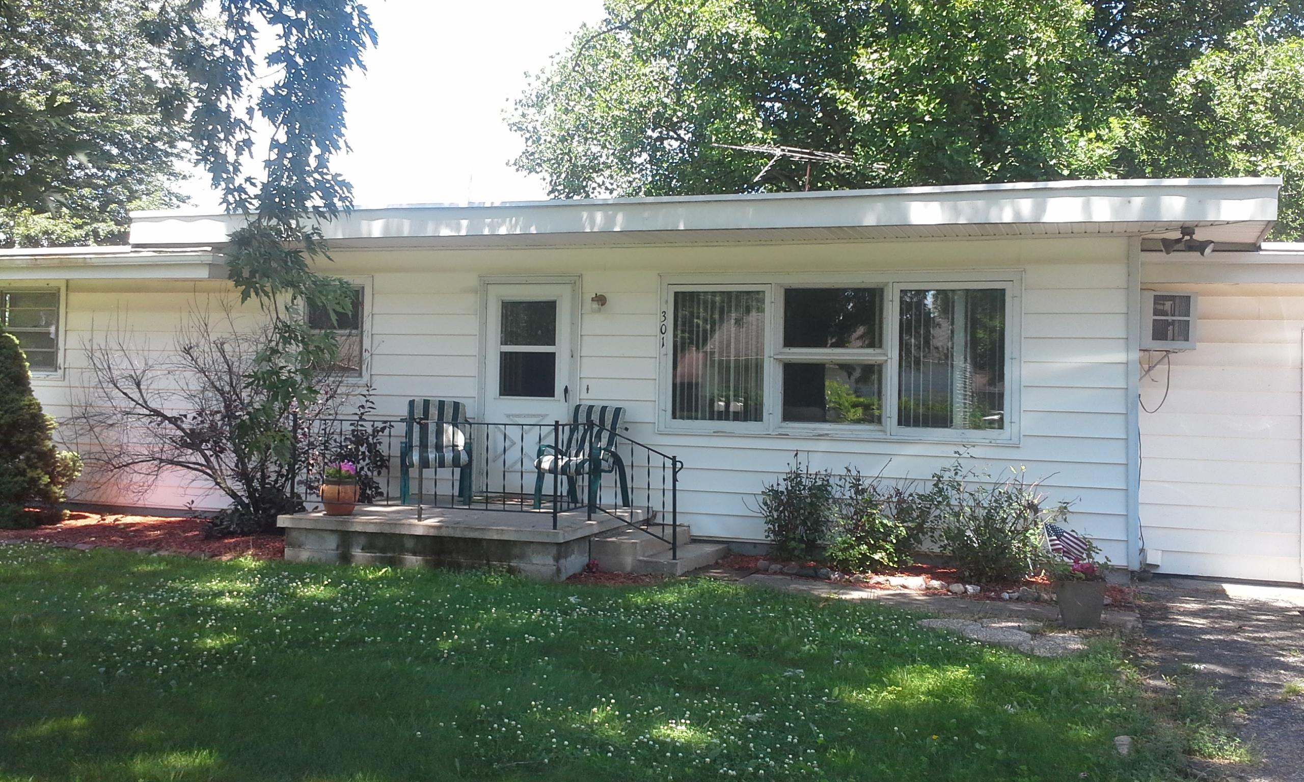 301 E. Lewis Street, Swayzee, Indiana 46986
