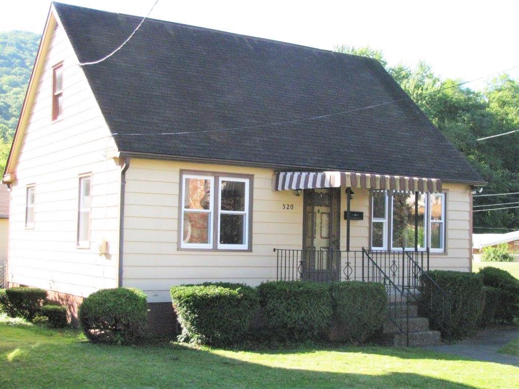 520 Ave, Tyrone, Pennsylvania 16686