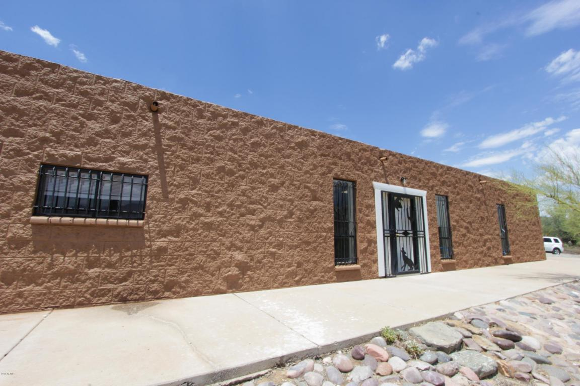 18650 E School House Road, Black Canyon City, Arizona 85324