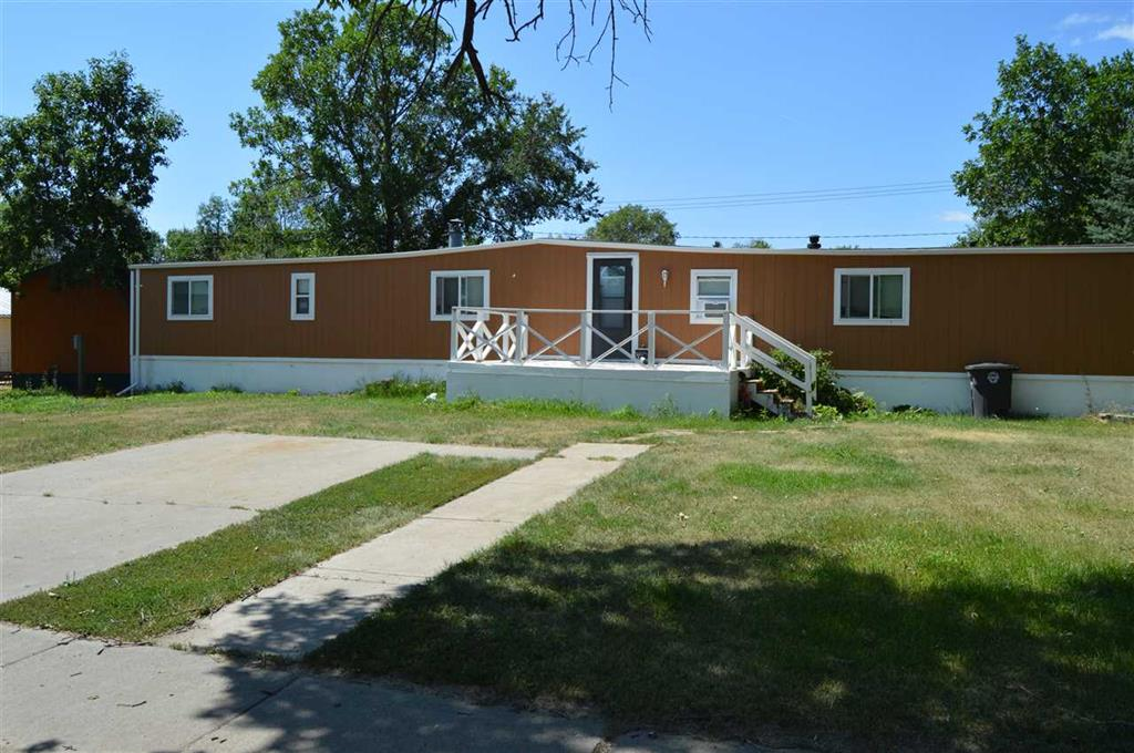 211 N Main St, Parshall, North Dakota 58770