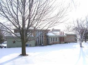 N 4224 Oak Grove Dr, Columbus, Wisconsin 53925