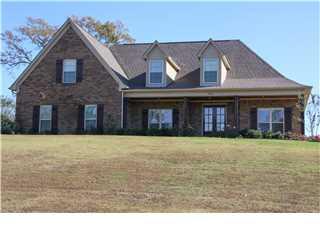 380 E BYHALIA CREEK FARMS ROAD, Byhalia, Mississippi 38611