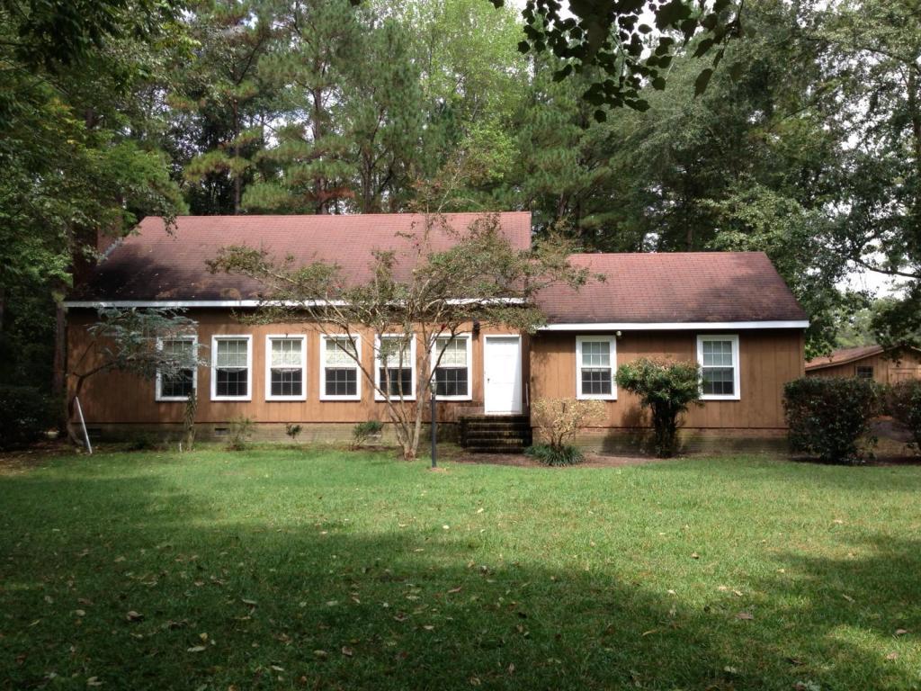 1519 Magnolia Drive, Fairmont, North Carolina 28340