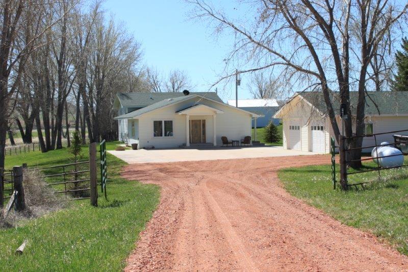 516 Wyarno Road, Sheridan, Wyoming 82801