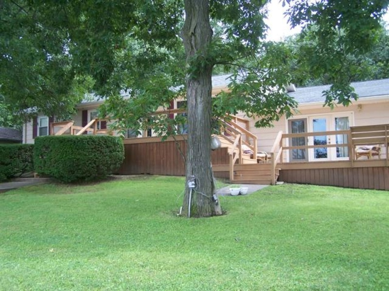 27338 Jaunt Drive, Brookfield, Missouri 64628