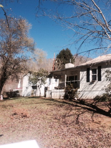 110 Independence Road, Clear Fork, West Virginia 24874