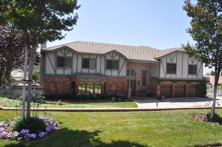 13632 Mesa Sol Drive, Yucaipa, California 92399
