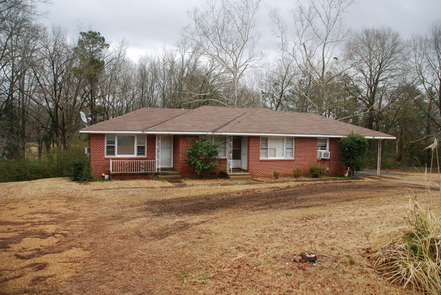 340 & 336 6th St NW, Vernon, Alabama 35592