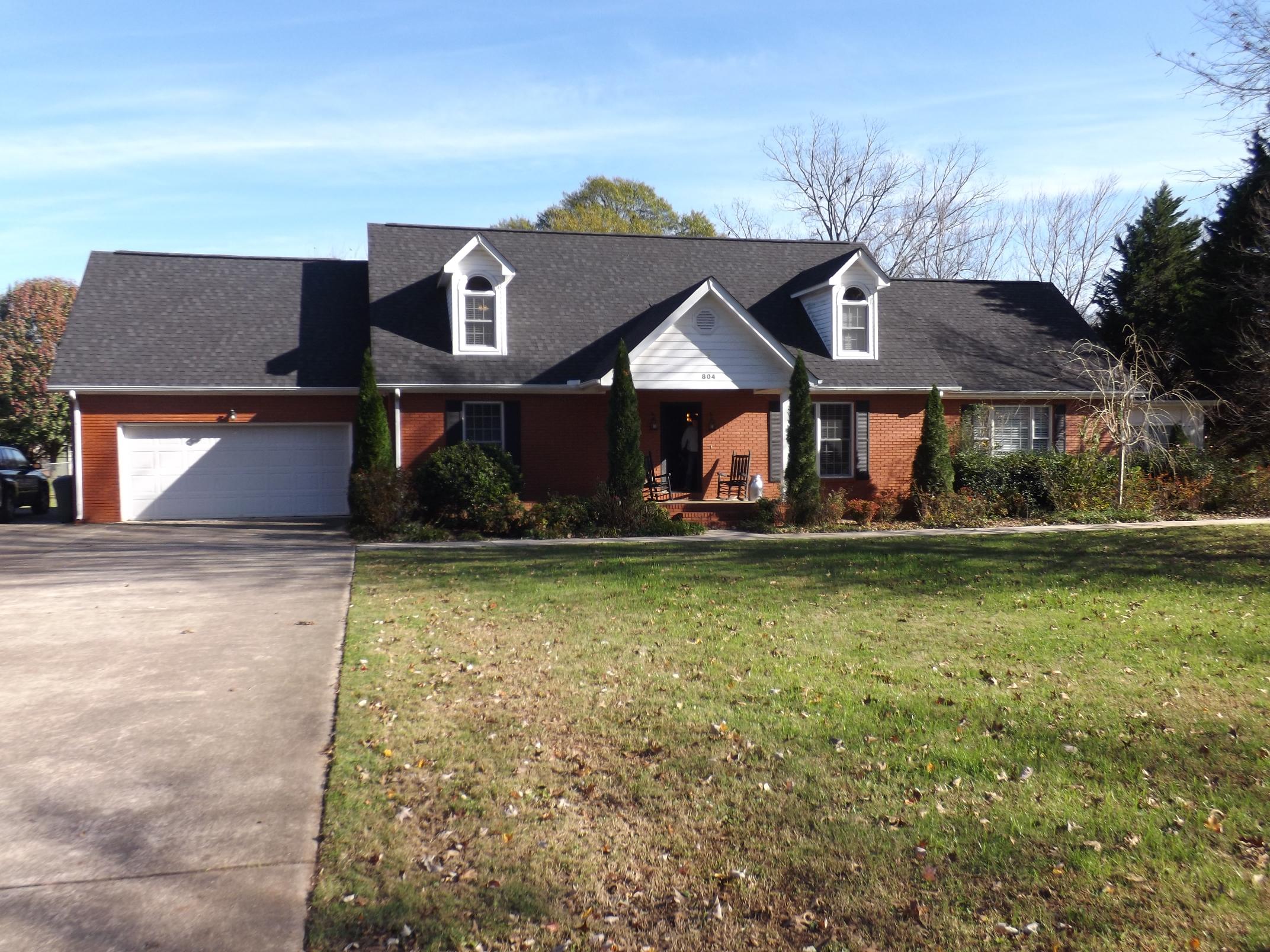 804 Oak Lawn Drive, Jasper, Tennessee 37347