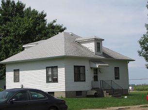 403 Meadow St., Royal, Iowa 51357