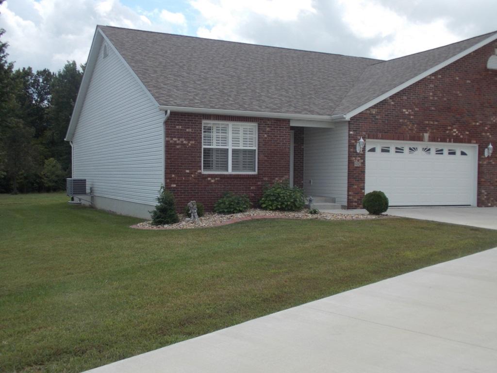 602 Elizabeth Drive, Litchfield, Illinois 62056