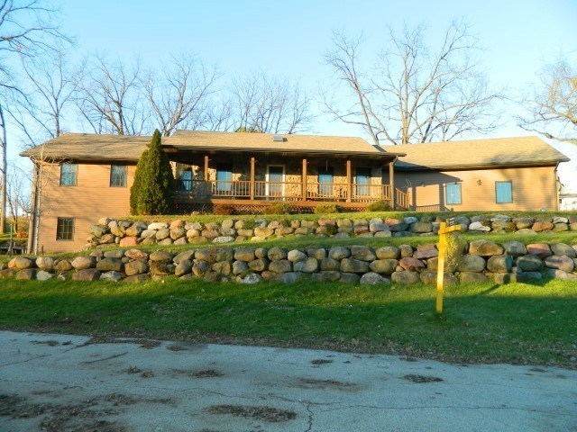 113 W Church St, Blanchardville, Wisconsin 53516