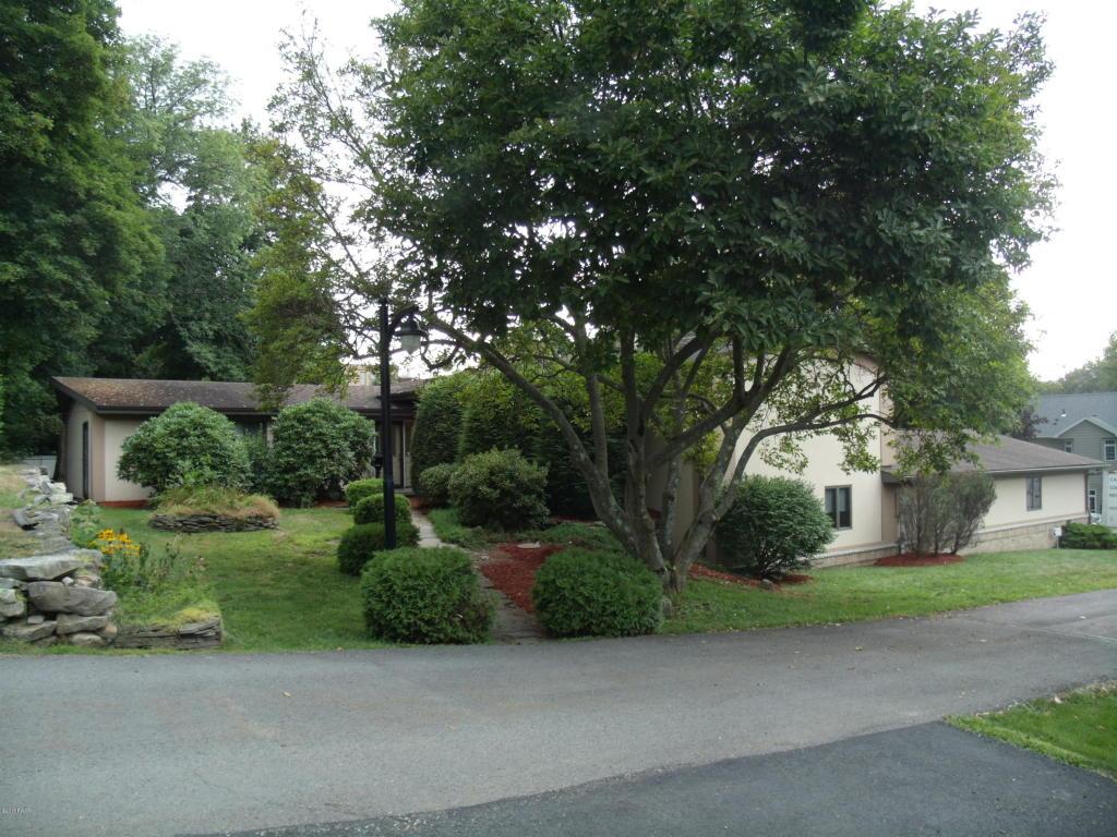22 Hendrick Lane, Carbondale, Pennsylvania 18407