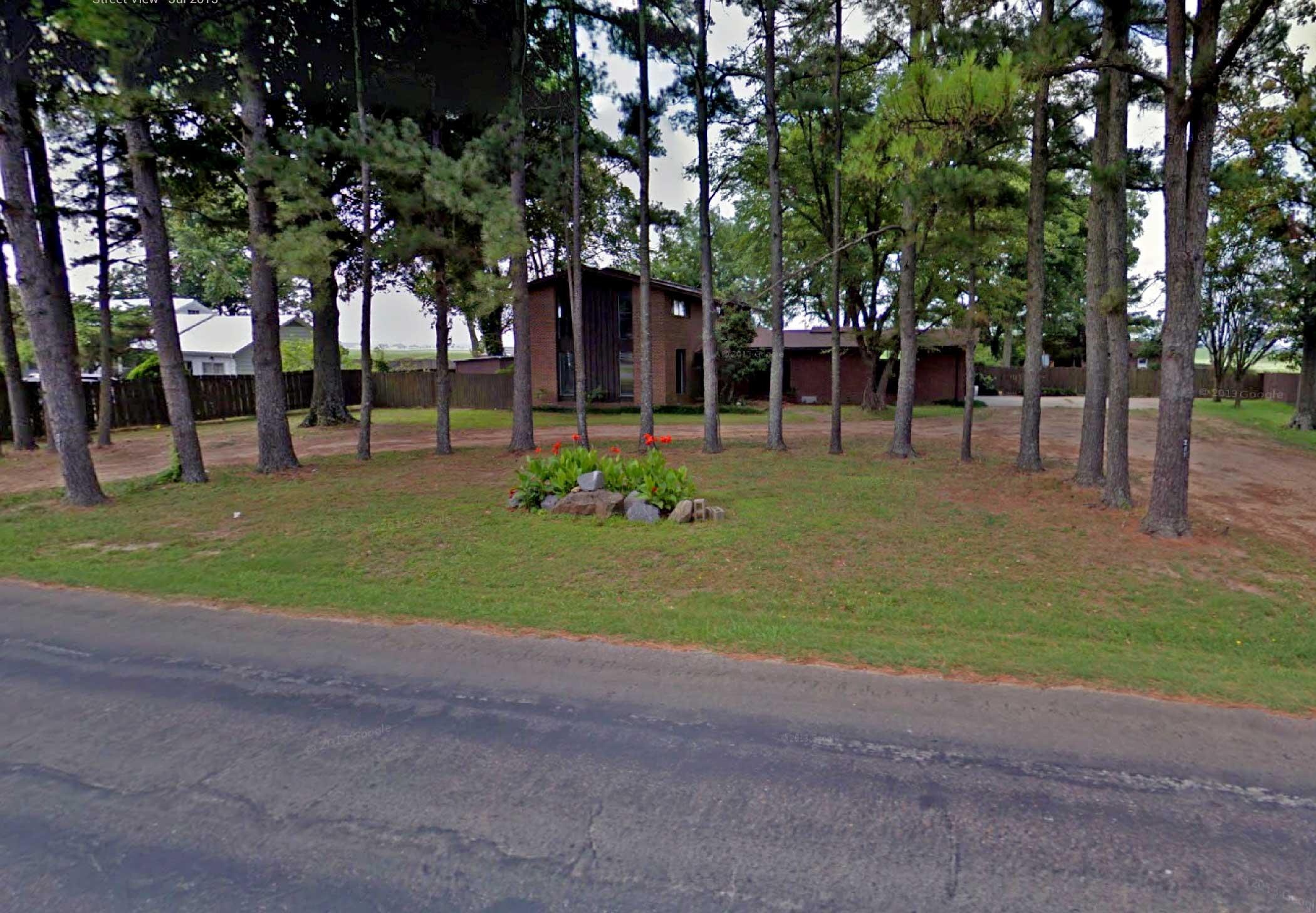 207 west fleeman, Manila, Arkansas 72442