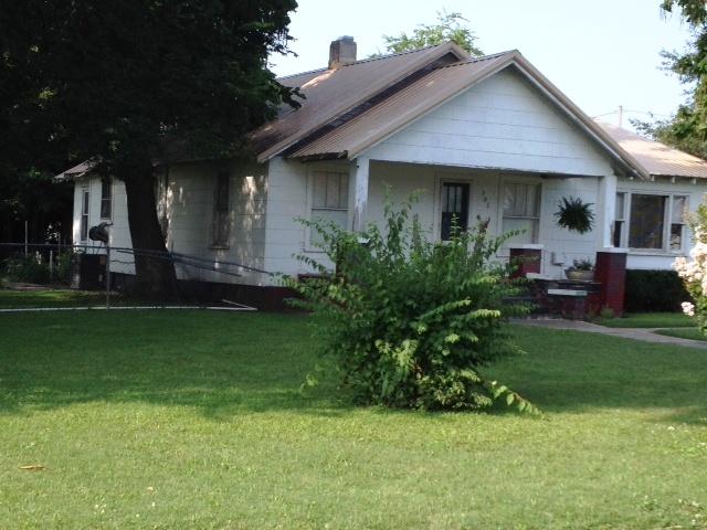 301 E Cedar, Bertrand, Missouri 63823