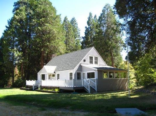 1817 N. Old Stage Rd, Mt. Shasta, California 96067