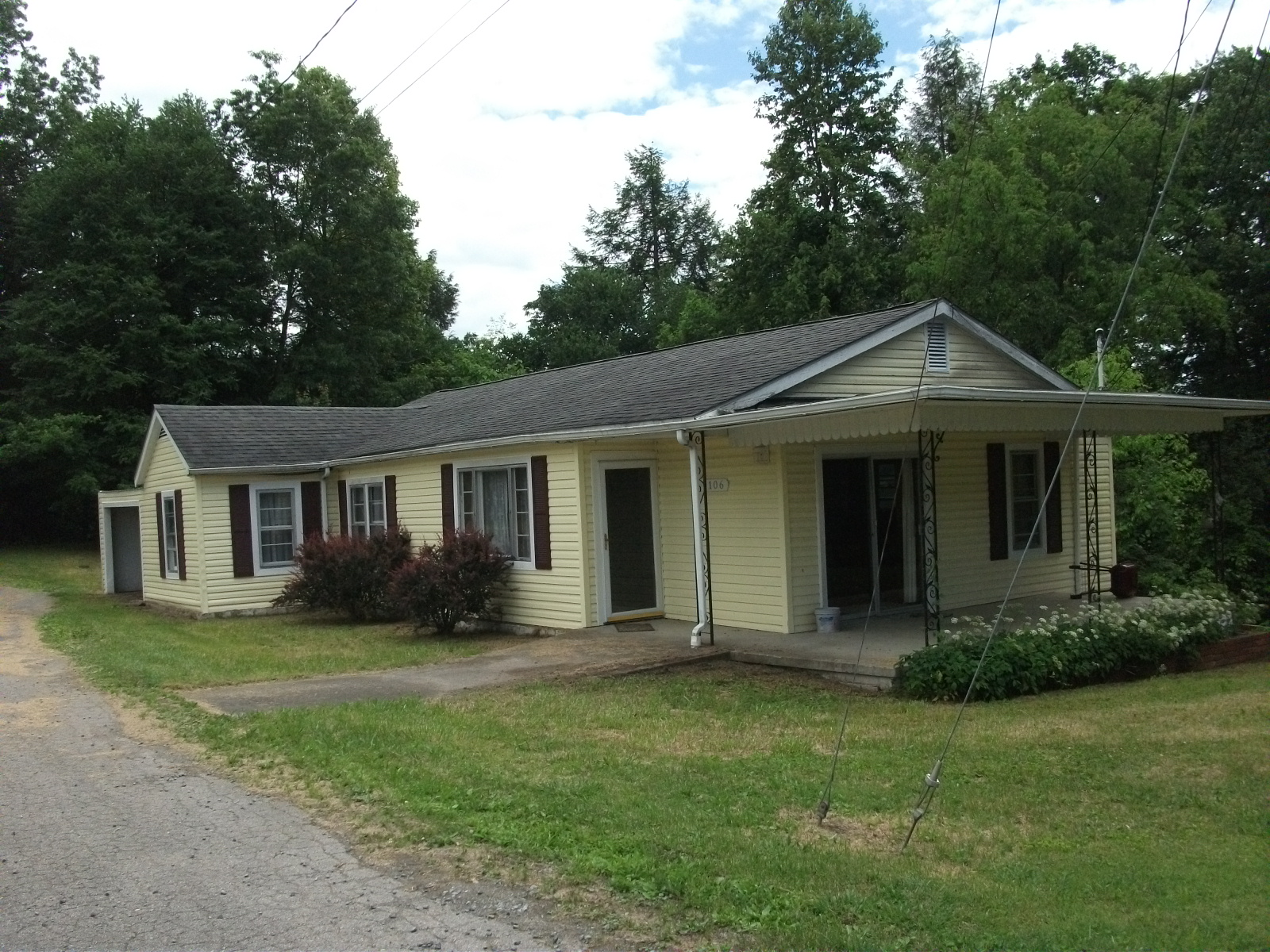 106 FIRST STREET , Ansted, West Virginia 25812