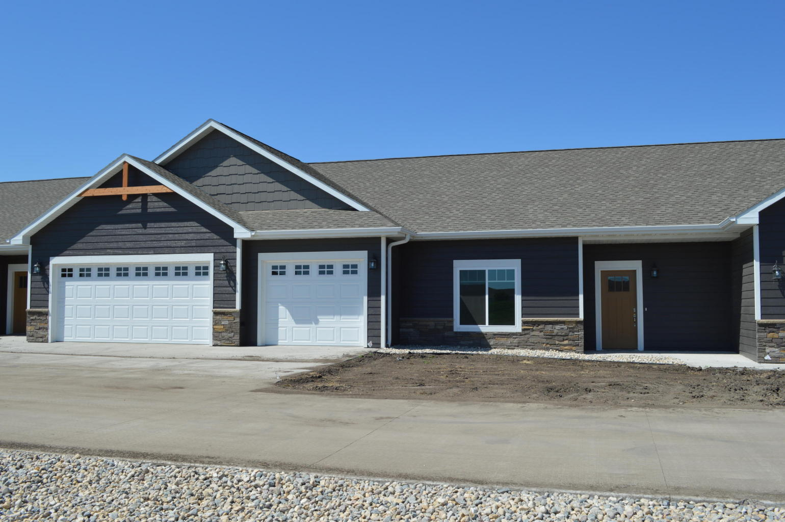 801 20th Street S, Brookings, South Dakota 57006