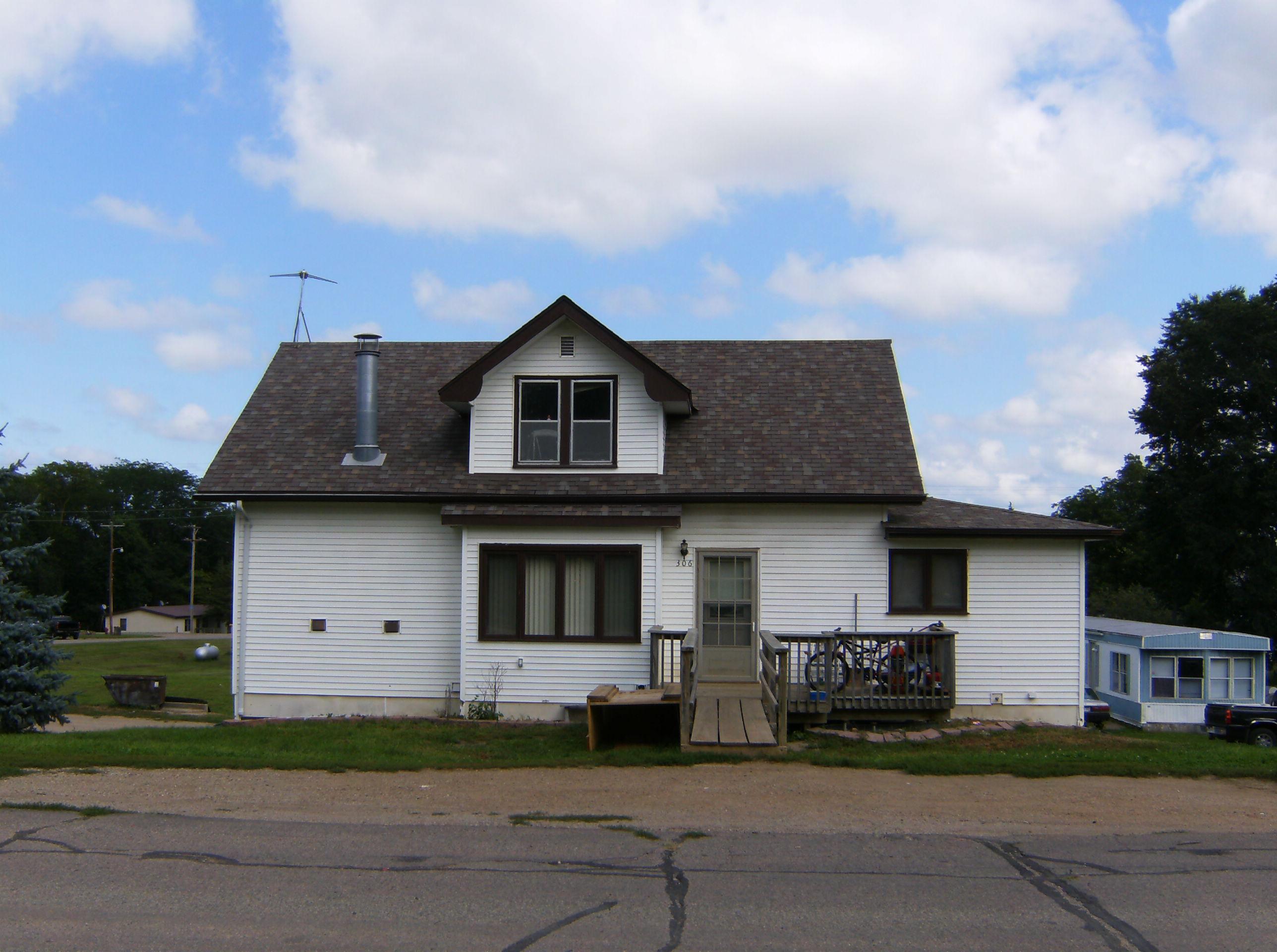 304 Main Street, Volin, South Dakota 57072