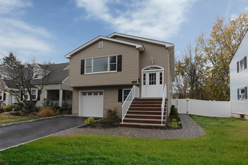 1288 KLINE PL, Rahway, New Jersey 07065